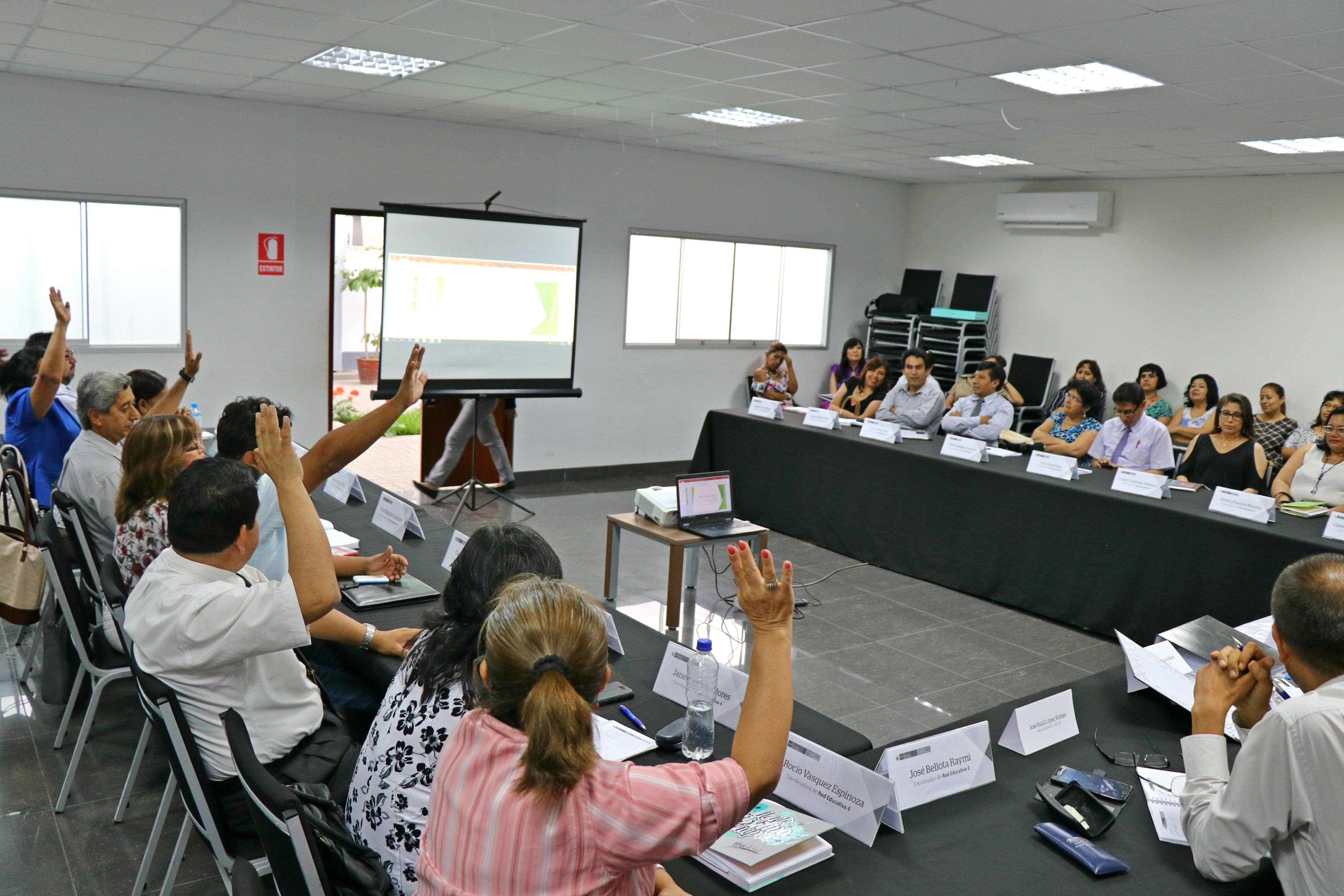 Votación del coordinador general de redes educativas